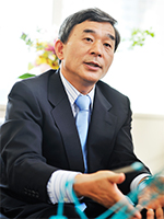 Akihiko Tsukamoto President, Kobelco Cranes Co., Ltd