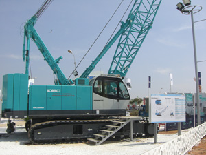 Kobelco Cranes stand at Excon: The first Indian model 'CKL1000i'